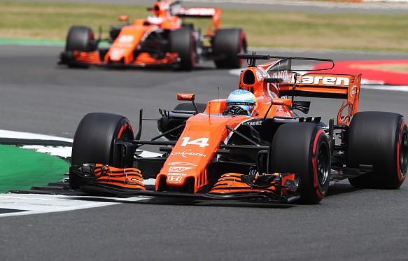 Alonso Vandoorne McLaren F1 2017