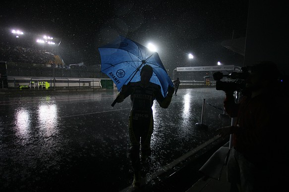 Wet Qatar MotoGP 2009