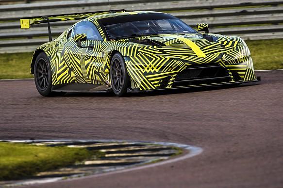 Aston Martin Vantage GTE Rockingham test