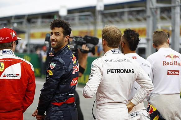 Daniel Ricciardo F1 2016 Red Bull
