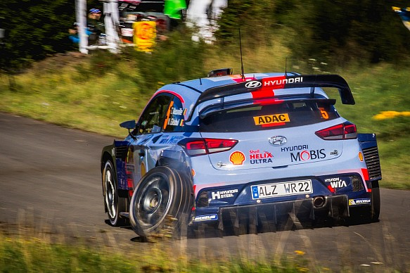 Thierry Neuville damage WRC Germany 2017