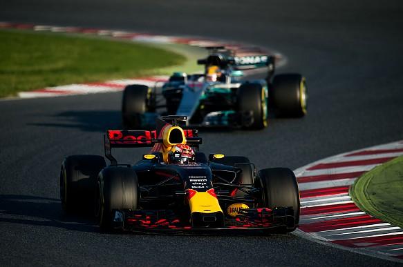 Red Bull Mercedes F1 testing 2017