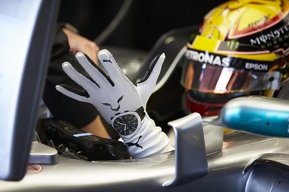 F1 gloves