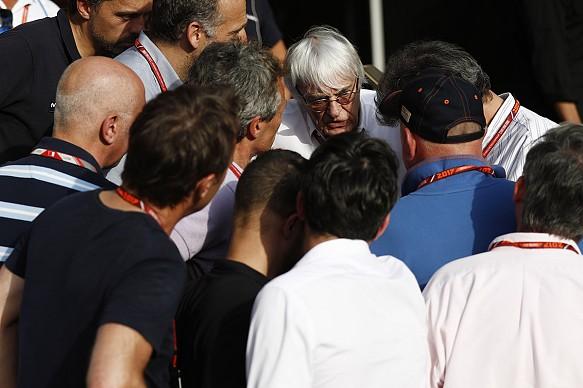 Bernie Ecclestone 2017 F1 Bahrain GP