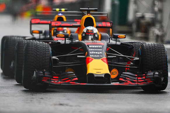 Ricciardo Verstappen Red Bull F1 2017