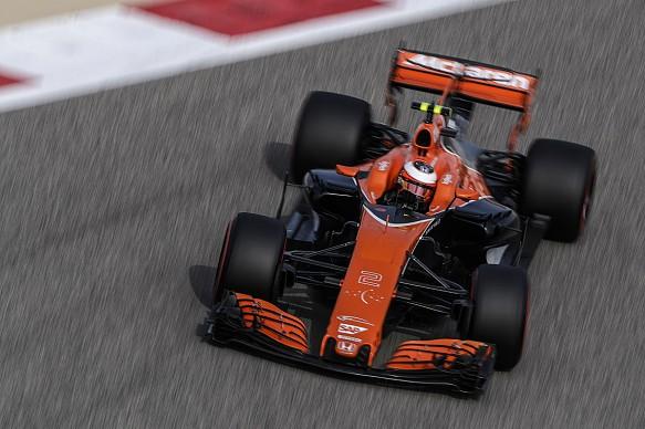 Stoffel Vandoorne McLaren F1 2017 Bahrain