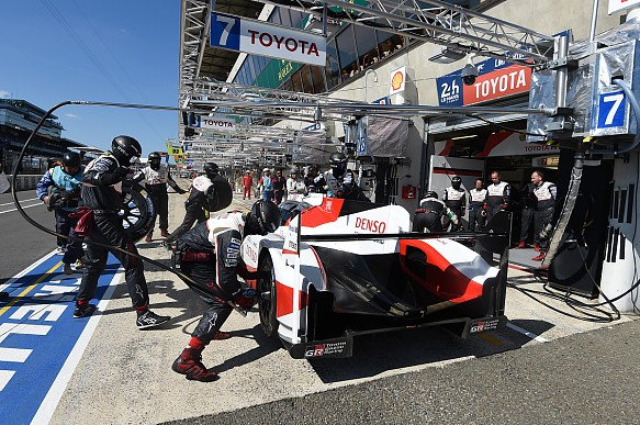 Toyota Le Mans pitstop 2017