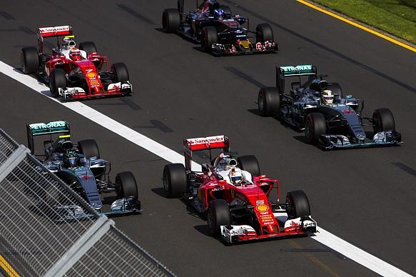 Ferrar, Mercedes, Toro Rosso, Australian Grand Prix start 2016 F1