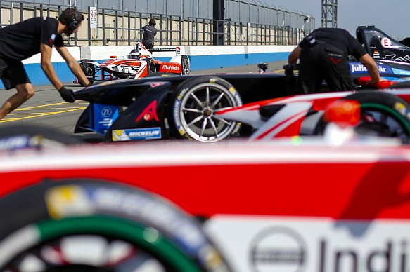 Formula E pits Donington testing 2016