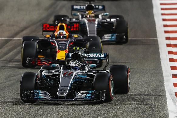 Bottas Ricciardo Hamilton Mercedes Red Bull Bahrain GP F1 2017