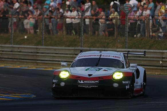 #92 Porsche 911 RSR: Michael Christensen, Kevin Estre, Dirk Werner, Le Mans 2017