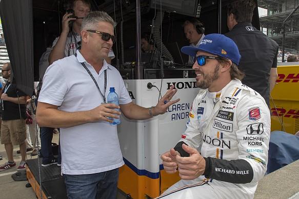 Gil de Ferran Fernando Alonso Indianapolis 500 2017