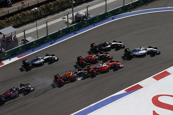 Turn 1 incident Sebastian Vettel Daniil Kvyat Russian Grand Prix