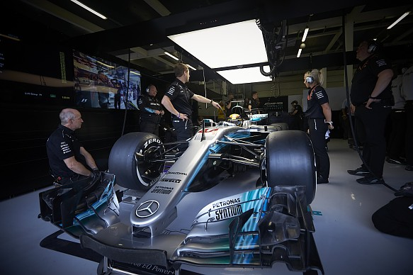 Mercedes has switched to safer f1 gearbox spec after baku for Garage amg auto