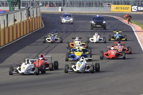 Formula Ford 2013 start