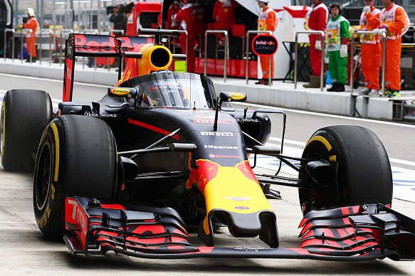 F1 Cars Only Need To 'look' Dangerous