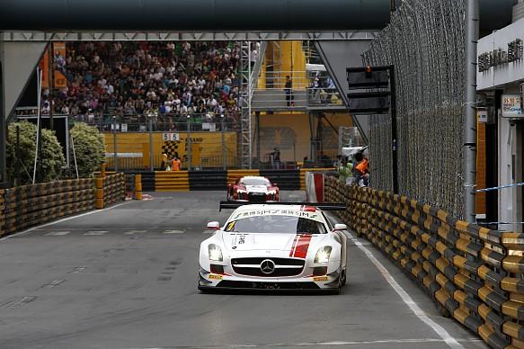 Maro Engel Mercedes Macau GT 2015