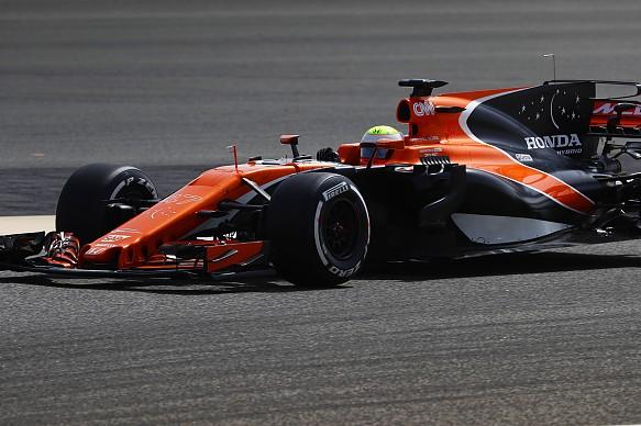 Oliver Turvey, McLaren, Bahrain F1 test 2017