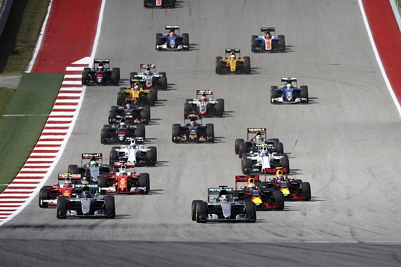 F1 2016 US GP start