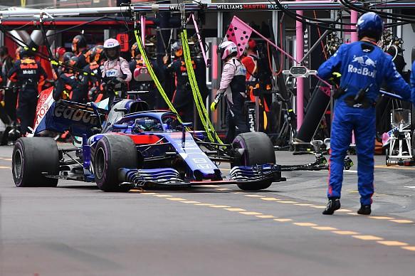 Brendon Hartley Toro Rosso damage Monaco GP 2018