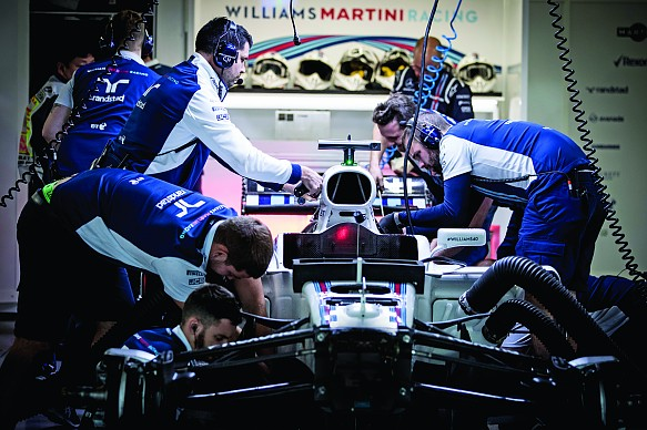 Williams mechanics in the garage