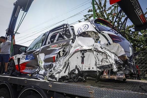 Vila Real WTCR crash Mehdi Benanni