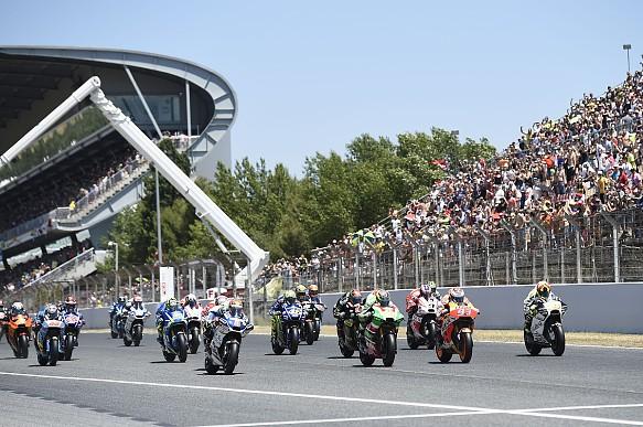 MotoGP Barcelona 2017 start