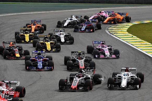 F1 race start 2018