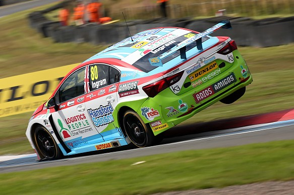 Tom Ingram Speedworks Toyota Knockhill BTCC 2017