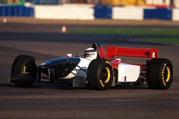 Allan McNish 1995 F1 Lola testing