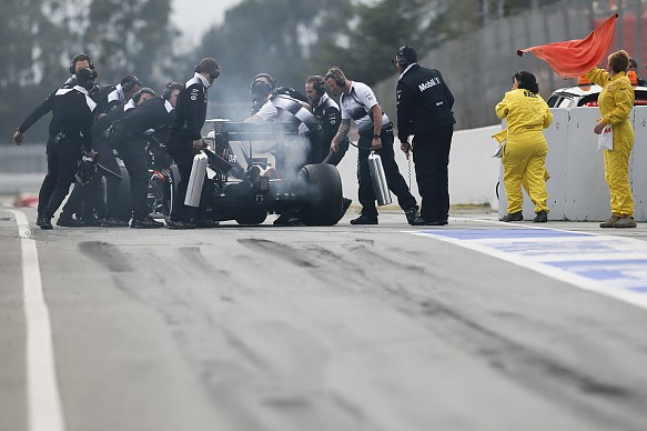 McLaren stops F1 testing 2016