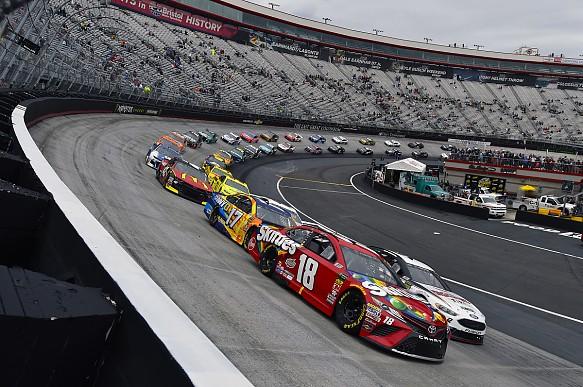 Kyle Busch leads NASCAR Bristol 2018