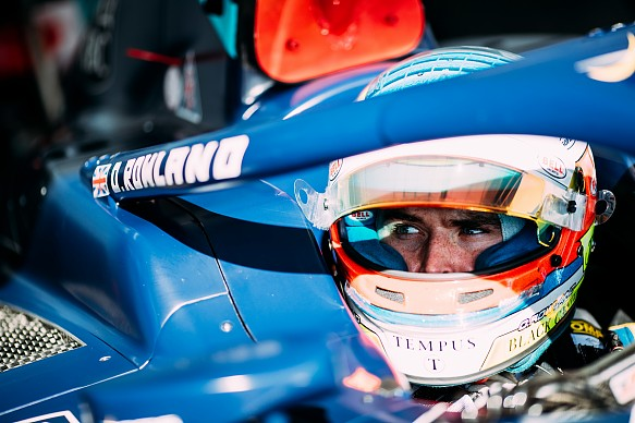 Oliver Rowland F2 halo 2018 testing DAMS