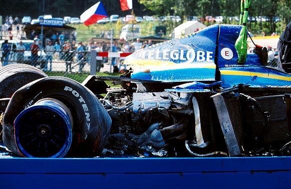 Jacques Villeneuve BAR Spa crash 1999