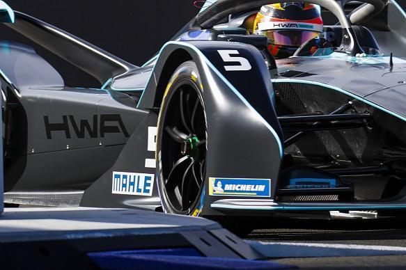 Stoffel Vandoorne HWA Formula E testing Valencia 2018