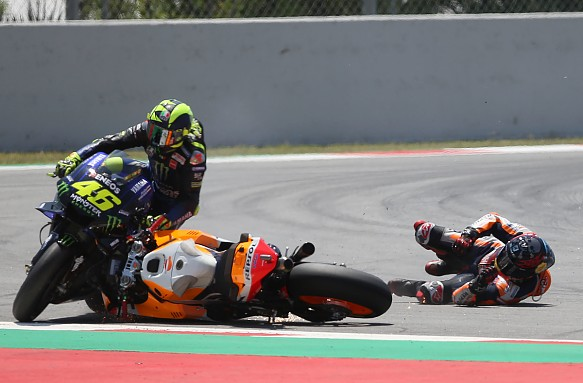 Jorge Lorenzo crash Barcelona MotoGP 2019