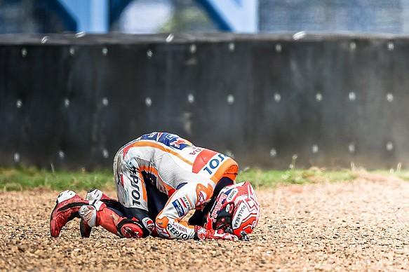 Marc Marquez Honda Thailand MotoGP 2019 crash