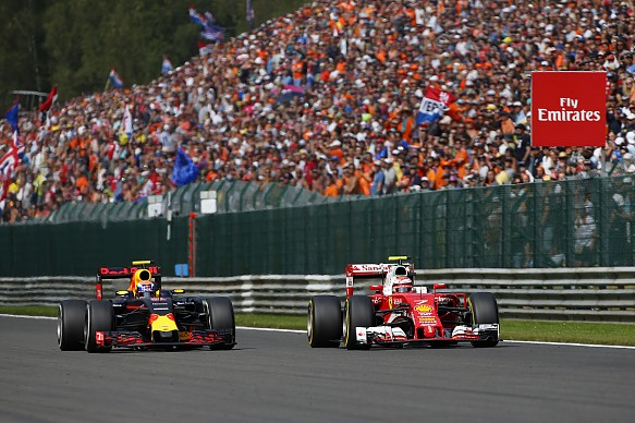 Max Verstappen Kimi Raikkonen 2016 Belgian Grand Prix