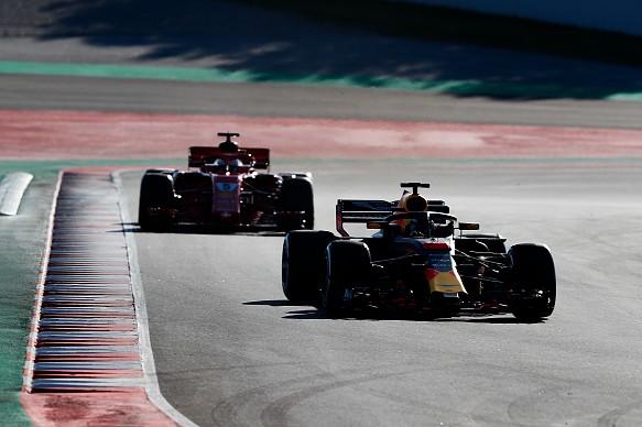 Ricciardo Vettel F1 testing 2018