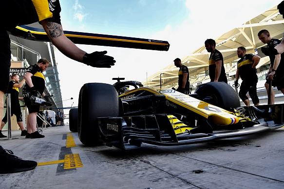 Nico Hulkenberg Renault Abu Dhabi F1 test 2018