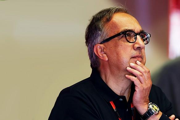 Sergio Marchionne topper