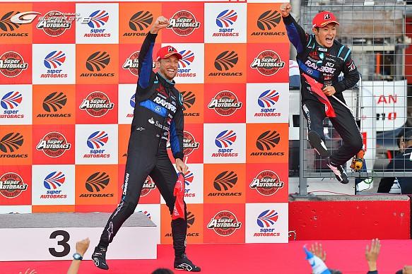 Naoki Yamamoto Kunimitsu Takahashi Jenson Button Super GT 2018 (© Other)