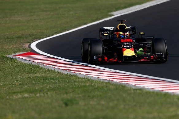 Jake Dennis Red Bull 2018 Hungary F1 tests