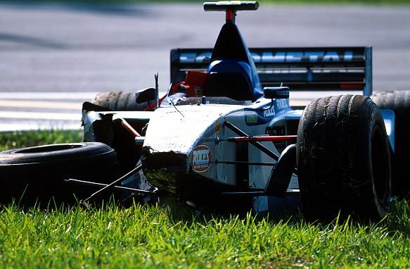 Stephane Sarrazin crash Interlagos 1999
