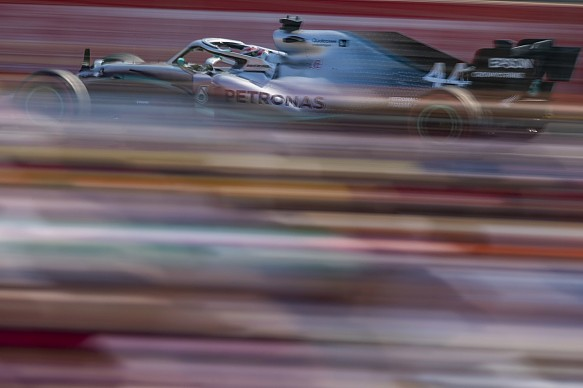 Mercedes 'blown away' by 'shock' Australian GP qualifying