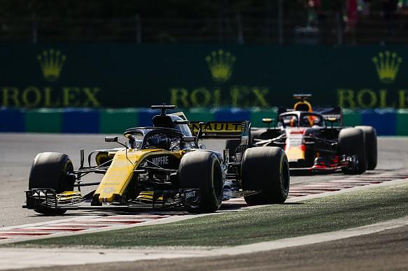 Hulkenberg Ricciardo Hungarian Grand Prix 2018