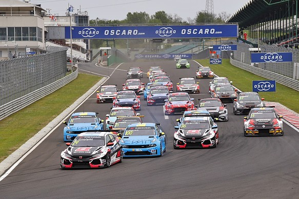 Hungaroring WTCR 2019 race one start