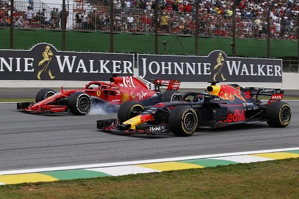 Daniel Ricciardo passes Sebastian Vettel Brazilian GP 2018 Interlagos