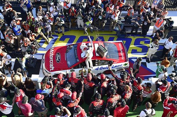 Ryan Blaney wins Pocono NASCAR 2017