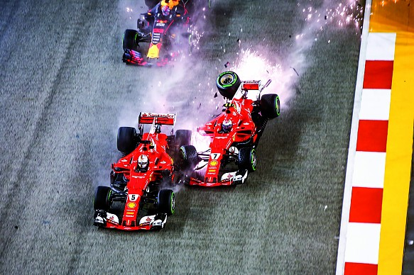 Ferrari collision Singapore GP 2017